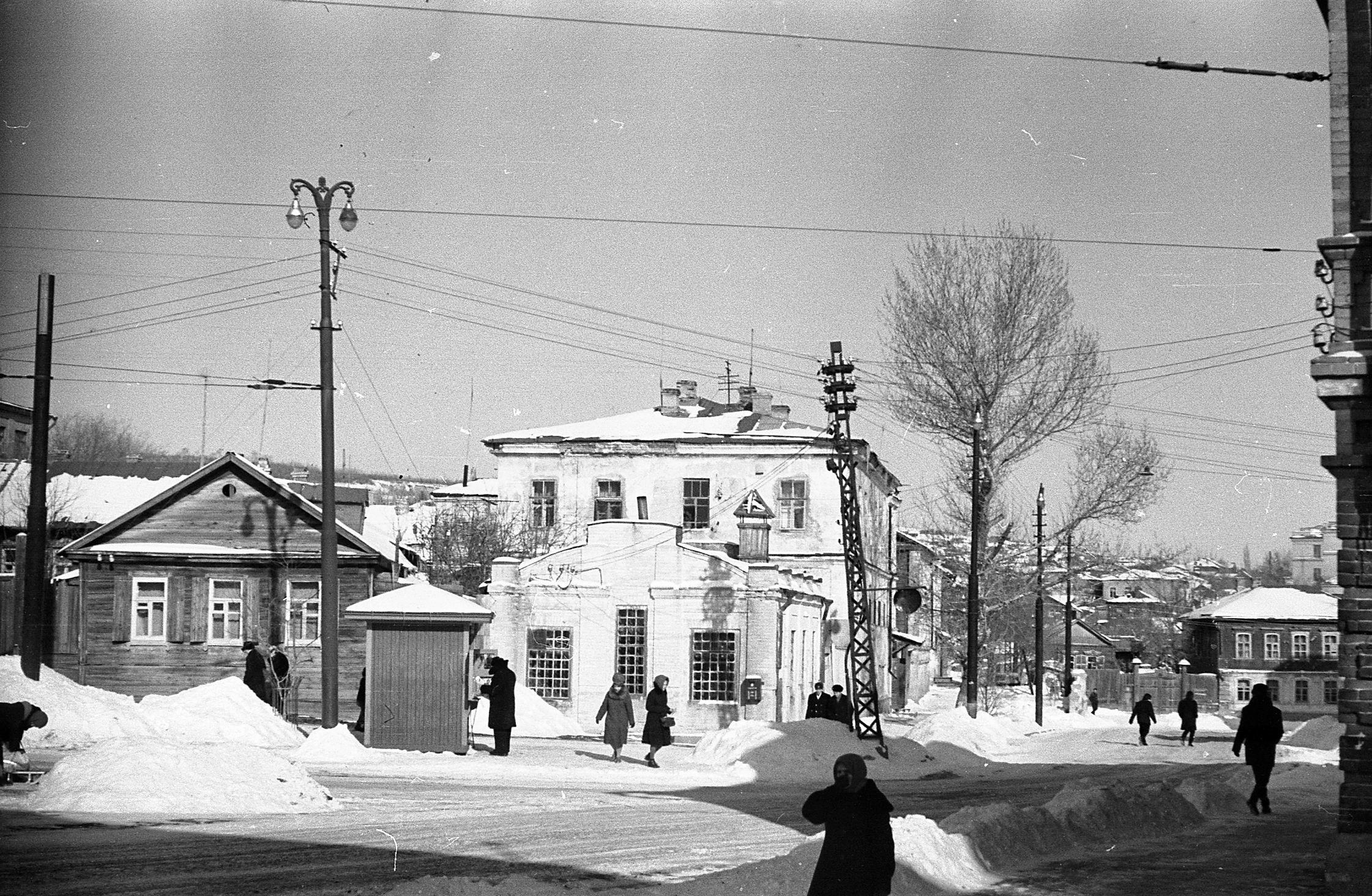 старое фото саратова волжский район улица валовая мебели саратове
