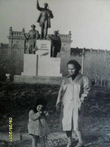 Памятник с семейный Новоузенск Эконом памятник Башня с профильной резкой Старый Оскол