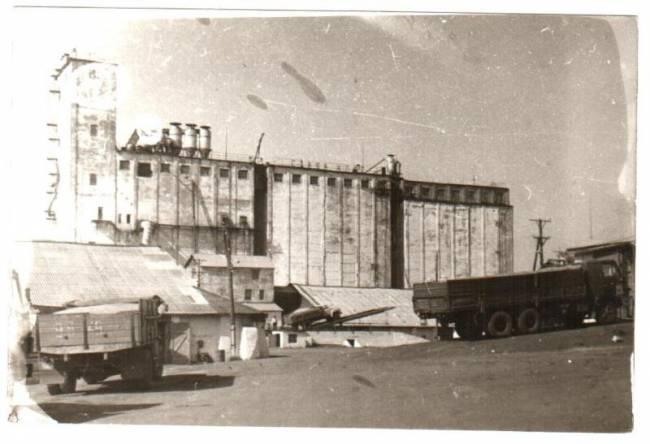 Саратовский элеватор история конвейерный транспортер это